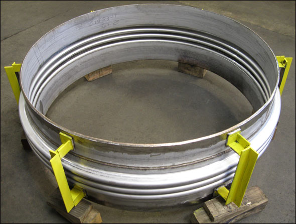 Single Expansion Joint For A Heat Exchanger