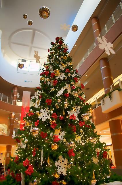 Christmas Tree モラージュ菖蒲にて