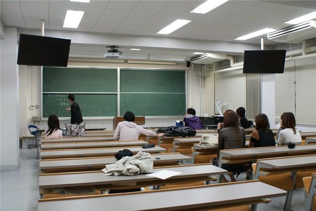 例会の教室