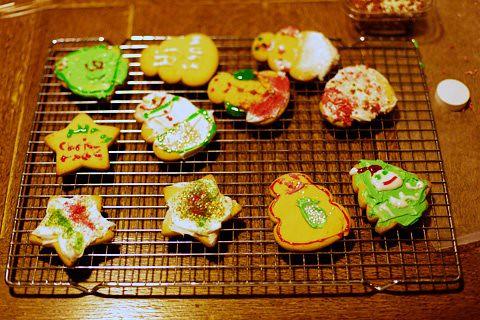 makingcookies2-1211