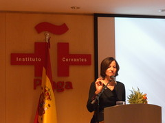 """Se realiza conferencia de la escritora Mónica Lavín """"10 sin el último juglar"""", en homenaje a Juan José Arreola"""