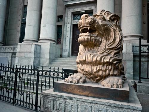 汉口花旗银行门前狮子