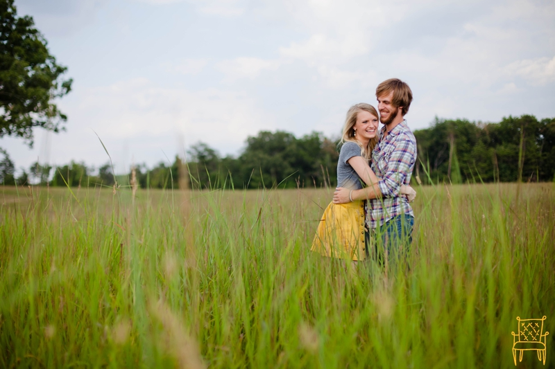 colorful outdoor engagement session manassas va_016