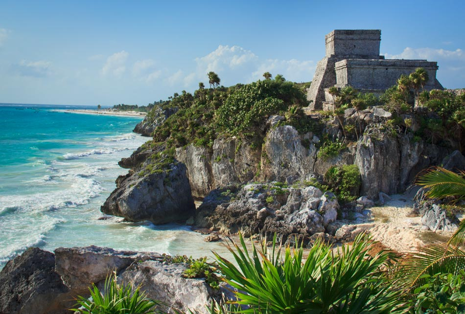 Travel Photo of the Week: The Stunning Mayan Ruins of Tulum, Mexico
