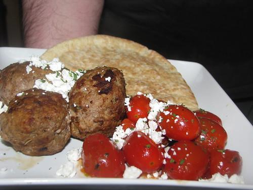 Meatballs with tomato and feta in Pita