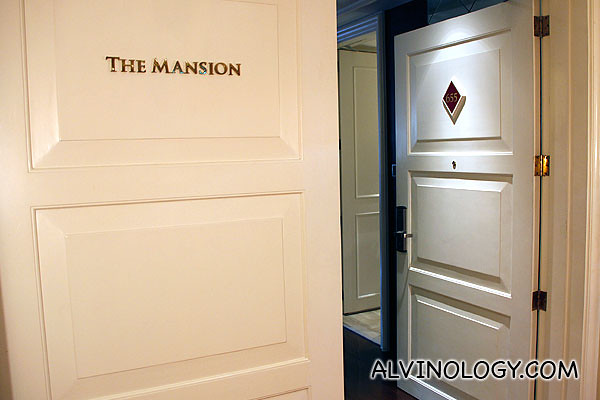 The Presidential Suite - The Mansion