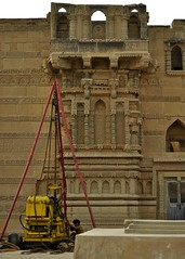 Restoring the tomb of Jam Nindo at Makli, Thatta