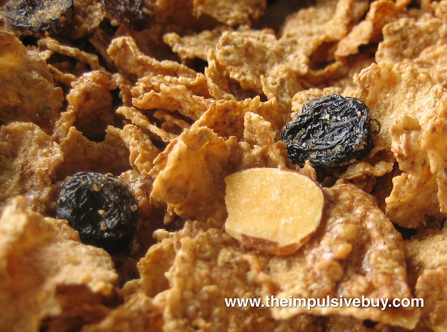 Kellogg's Cinnamon Almond Raisin Bran Closeup