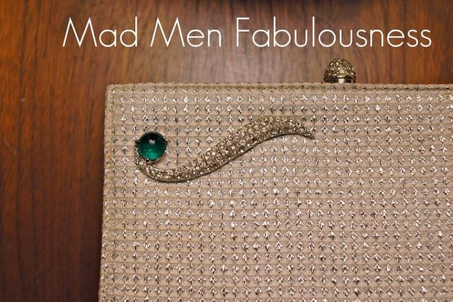 Vintage Clutch - front detail title