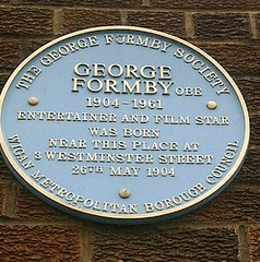 Photo of George Formby blue plaque