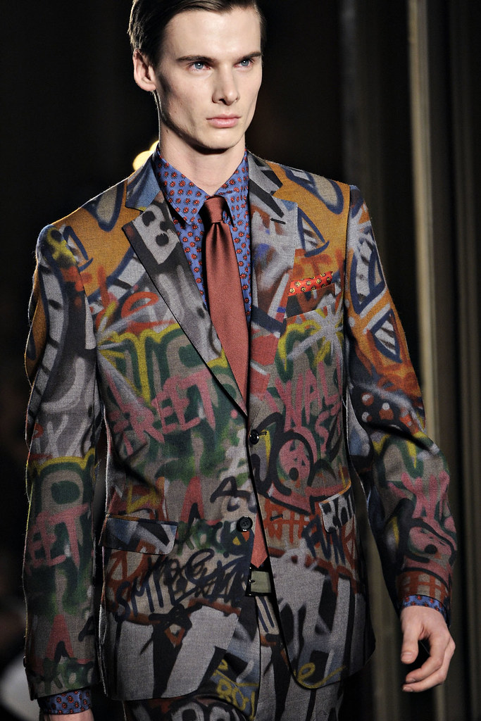 FW12 Milan Moschino067_Angus Low(VOGUE)