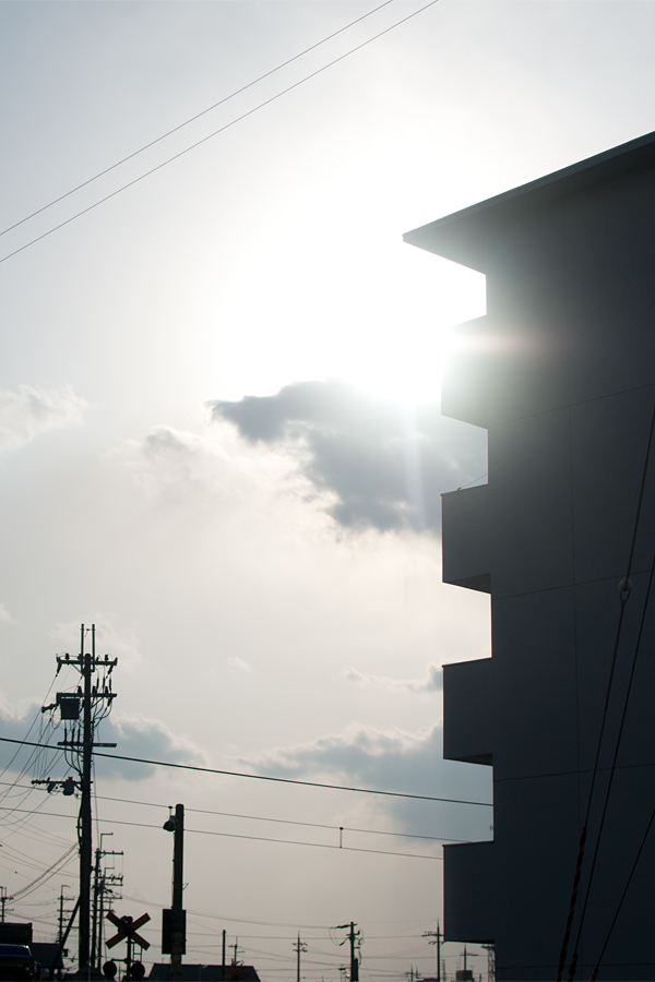 凸凹|滋賀県栗東市