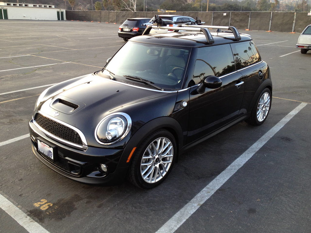 fs 2011 mini cooper s free maint 6yr 100k 10k miles jcw other upgrades mini cooper. Black Bedroom Furniture Sets. Home Design Ideas