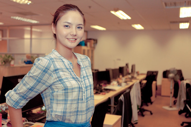 Sexy Office Worker Leaning Against Her Desk Flickr