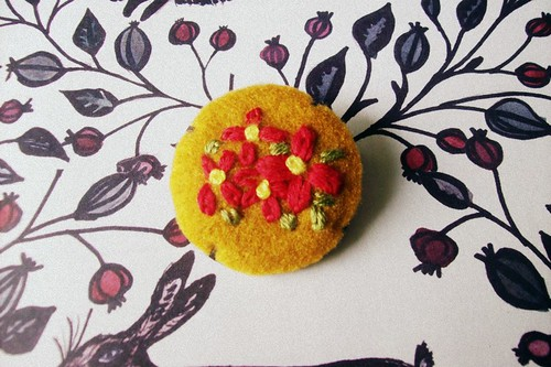 embroidery brooch 2