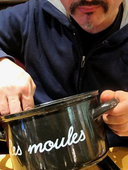 romain at Aux Moules