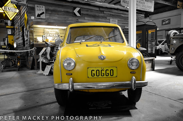 The yellow pages GOGGOMOBIL
