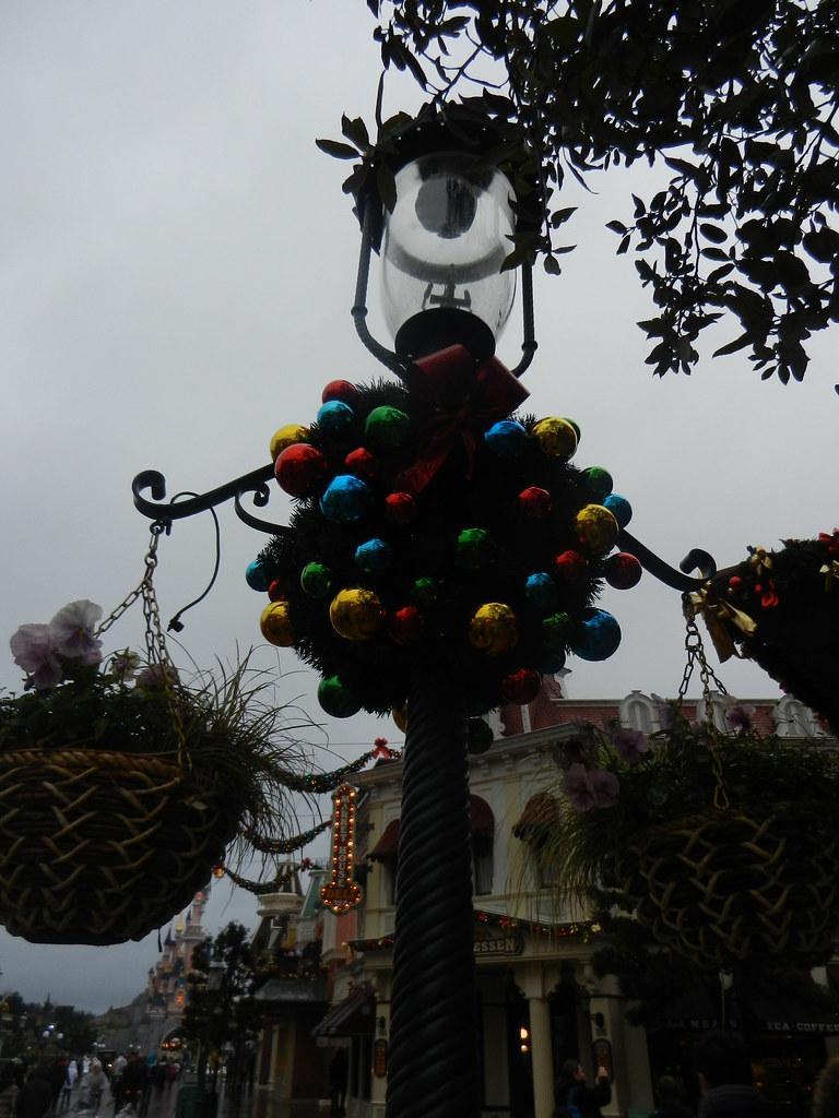 Un séjour pour la Noël à Disneyland et au Royaume d'Arendelle.... - Page 6 13875960694_b41948e7b9_b
