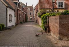 Zomaar een straatje in Buren, just a street in a historic village