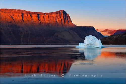 morning winter light red orange snow cold ice water sunrise canon landscape glow view dusk east arctic greenland gradient fjord iceberg viewpoint meijer icebergs henk rode silentwaters scoresbysund floydian proframe proframephotography canoneos1dsmarkiii henkmeijer rødefjord