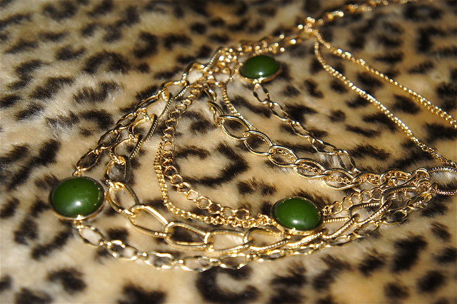 Green and gold chain necklace