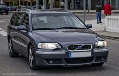 automobile, automotive exterior, family car, vehicle, volvo v70, bumper, volvo cars, land vehicle, vehicle registration plate,