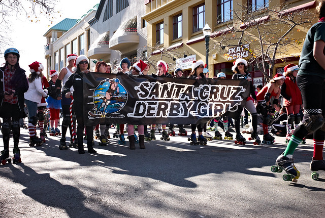 ohmagawd!!!! it's the Santa Cruz Derby Girls!!!!!!!!!!!!!!!!!!!!!!!!!!!!