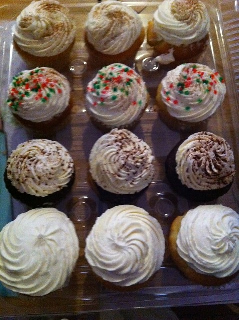 cupcakes, Cupcakes Take the Cake 7th anniversary party, December 5 ...