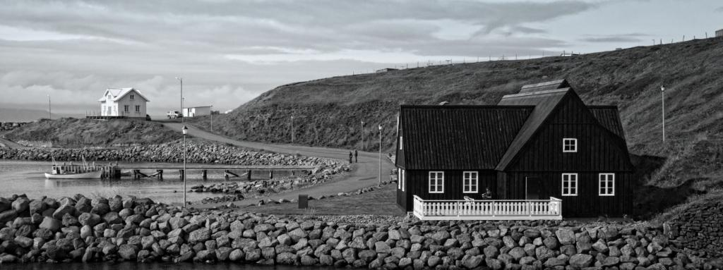 Awesome Black And White Back To Iceland Contrasting Houses In Hofs Download Free Architecture Designs Xoliawazosbritishbridgeorg