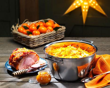 Clementine-Marmalade-Glazed-Ham