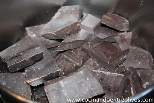 Turrón de chocolate crujiente (2)