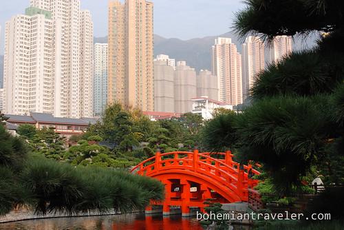 Nan Lian Gardens bridge and buildings