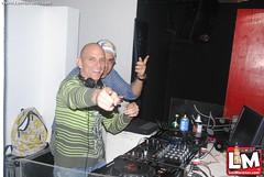 De Navidad en Pub Radio 87.7 & DJ