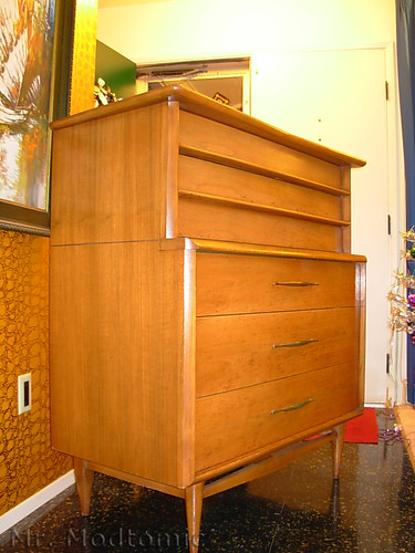 Mr Modtomic I Picked Up A Beautiful Kent Coffey Foreteller - Kent coffey bedroom furniture
