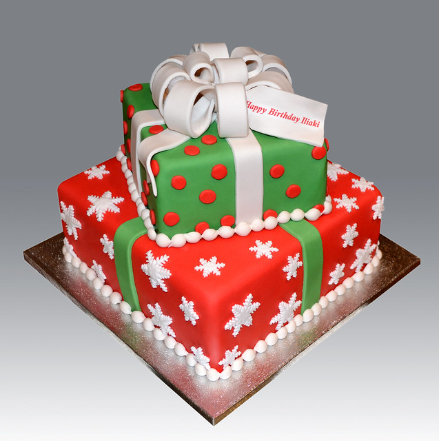Christmas Cake Ideas Presents : 2 Tier Christmas Gift Box Cake Flickr - Photo Sharing!