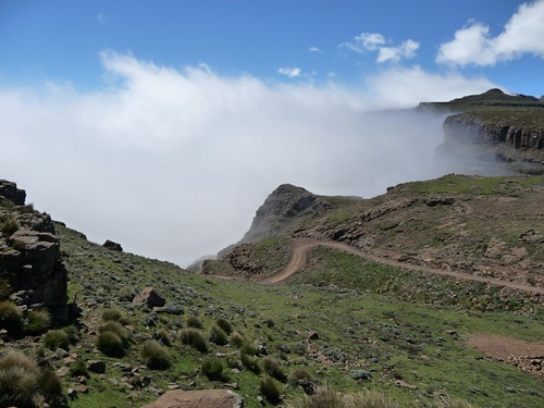 Cycling Sani pass (6)