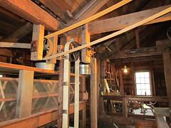 cottage(0.0), home(0.0), carpenter(0.0), floor(1.0), attic(1.0), wood(1.0), room(1.0), ceiling(1.0), log cabin(1.0), beam(1.0), lumber(1.0), hardwood(1.0),
