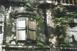 Old house in Hoi An (Vietnam 2001)