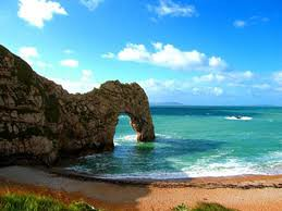 This is 'Durdle Door' in Dorset. So beautiful!