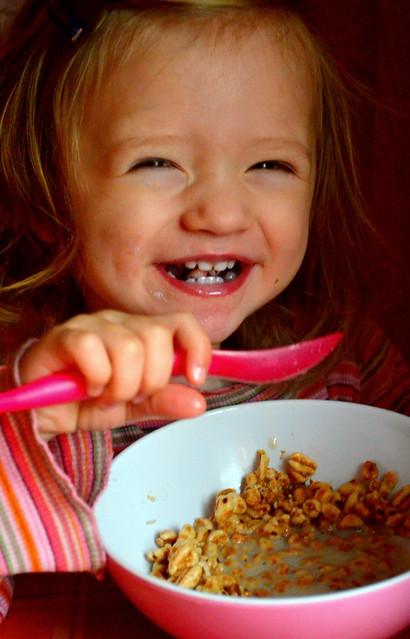 Die Reste von dem ungesunden, aber leckeren Frühstücksflocken gemampft :)