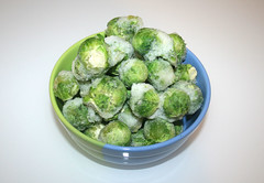 01 - Ingredient brussels sprouts / Zutat Rosenkohl