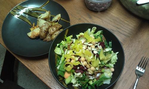 Salad by VlinderM