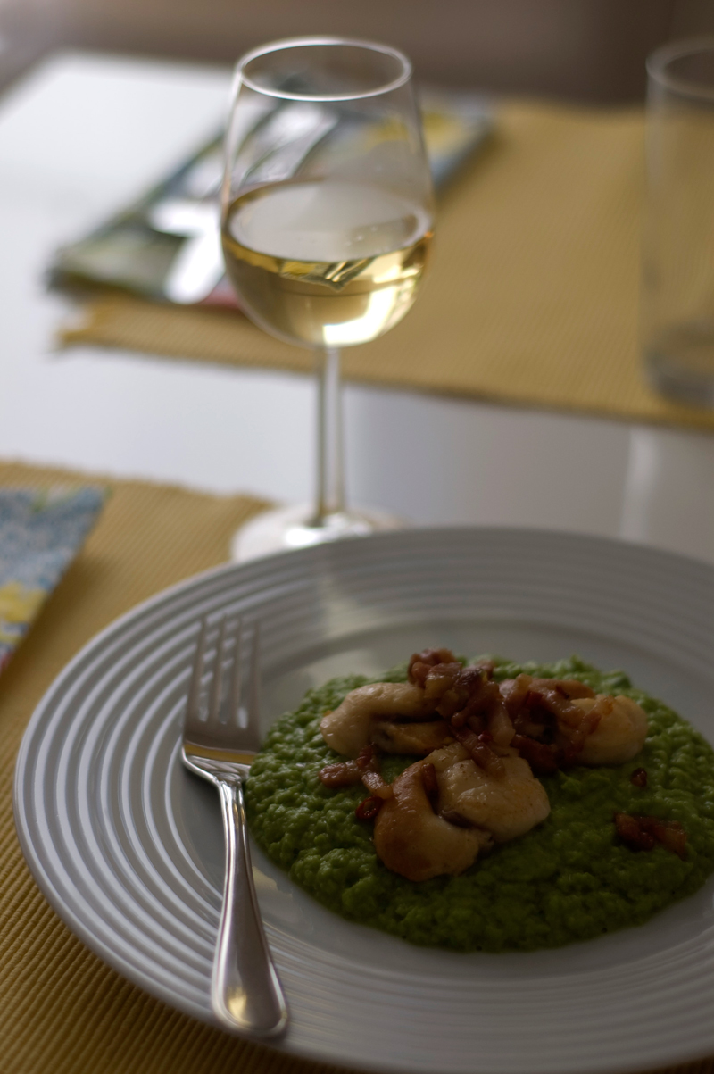 Vieiras com bacon e puré de ervilhas // Bacon Scallops with Pea Mash