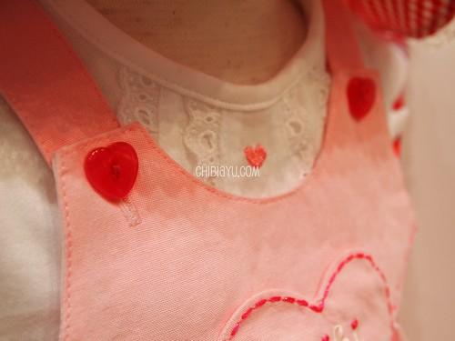 ミキハウスの子供服 ワンピース ハートのボタン