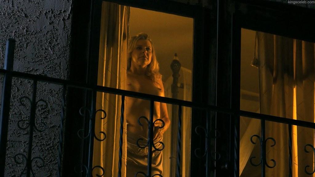 Amy Lindsay dans Milf