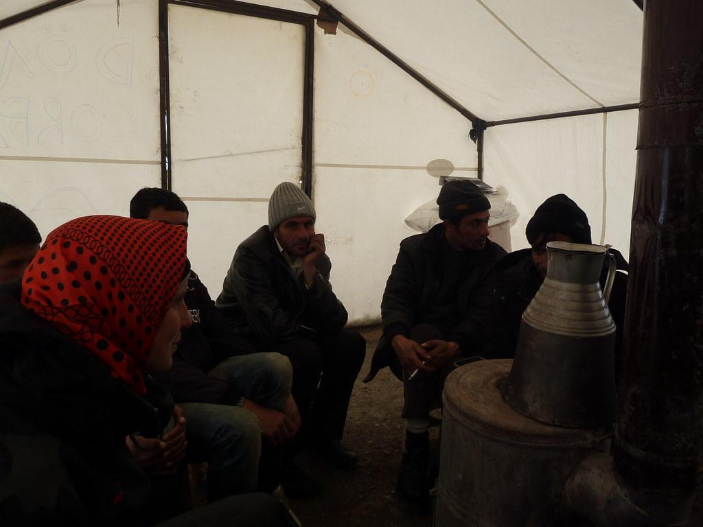 Fent l'ultim çay abans de creuar la frontera amb l'Iran (Kurdistan turc)