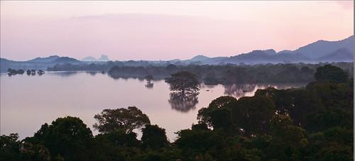 panorama lake mountains water sunrise reflections dawn asia fuji tank finepix vista srilanka ceylon lionrock kandalama dambulla sigiriya lionmountain ©allrightsreserved myfuji heritancekandalama jo92photos simhagiri hs20exr
