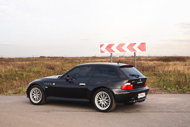 2000 BMW Z3 Coupe | Cosmos Black | Black | Saint Petersburg Russia