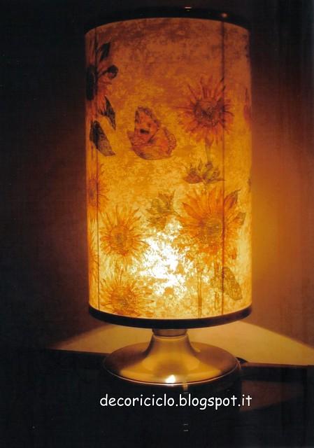 lampada girasoli accesa