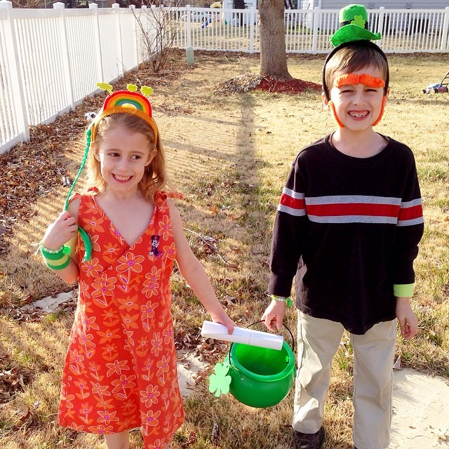 Day 17. Today's Weather. Today's weather was a little brisk, but it warmed up in time for our scavenger hunt that Leprechaun Nickel surprised the kids with... Gotta love Nathan's red side burns! . Happy St. Pad day's Day from us to you!  #fmsphotoaday